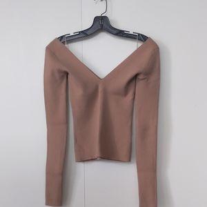 NEW Aritzia wilfred merino wool V-neck sweater
